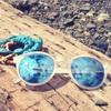 SUNSKIの白フレームサングラスがオシャレ!【SUNSKI Frosted Sky】