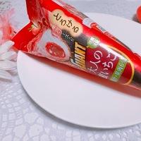 とろけるソースで心もとろける♡リピート必至の苺づくしアイスをご紹介♪