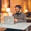 Mac・iPadの学割開始!Apple指定の製品購入でギフトカードプレゼント。さらに、学生・教職員価格も適用されるのでお得です。