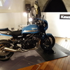 レトロな空間にクラシカルなスタイルのバイクがよく似合う!東京神田『マーチエキュート神田万世橋』カワサキショールーム