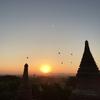 ミャンマー・バガンでのサンライズとサンセット〜全身砂まみれになりながら