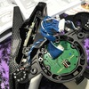 7PXのステアリングホイール位置調整の仕方を分解写真付きでご紹介! リミテッドエディションは付属品もいろいろ!