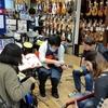 エレキギター初心者にオススメ、『ビギナーズ倶楽部』開催レポート