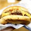 お肉感、チーズ感が全然違う! 期間限定、マクドナルドの『ハミダブチ』を口いっぱい頬張りました!