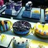 インド、バンガロールのお洒落なカフェでケーキ☆
