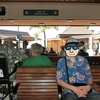 ハワイ旅行2015 五日目:ハワイ島からオアフ島へ移動、アラモアナでガーリックシュリンプ