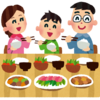 家族円満生活を続けたければ、食事中にテレビを点けるのをやめよう。会話がどんどん下手になる。