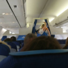 【パリ発アムステルダム着KLMオランダ航空、KL1224便エコノミー搭乗記】CDG空港ターミナル2Fからの出発、座席・機内食など!