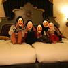 スペチアーレ・ポルト・パラディーゾ・サイドハーバールーム(ピアッツァビュー)の広いお部屋で記念写真♪ ~Disney旅行記・2016年3月・真実の話【15】