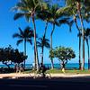 ザ!ハワイ!というような景色が見られる快晴の日のワイキキビーチ