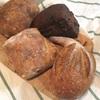 【パンのこと】梅田のエキマルシェにある、「デ・トュット・パンデュース」のハード系のパンで朝ごはん!