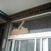 ガラス割れ替え2(玄関ランマ嵌め殺し4㎜ガラスの場合)