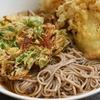 コンロ1つで麺茹でながら速攻食べたい時のレンジ・白だし・醤油で作るそばつゆと、エノキの天ぷらが美味しいということ