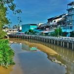 タイ湾のビーチ、島々への玄関口 チュンポン(Chumphon)の街並を午前中に散策する!!