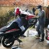 バイクの洗車屋さん。