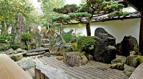 【京都の庭園入門・後編】図解で見所をガイド! 観光のプロがおすすめする「池泉庭園」と「枯山水庭園」