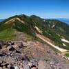 富良野岳に向かう稜線歩き