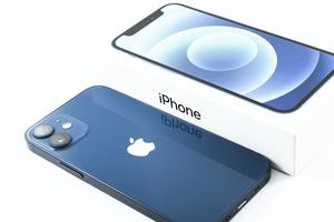 iPhone 12を過去のiPhoneと徹底比較!5G以外には何が変わったのか?