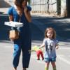 セレブとトリーバーチのバッグ: Jenna Dewan