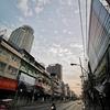 今日のバンコクの空。ちゃんと地球は動いています。