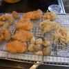 幸運な病のレシピ( 1744 )昼:ローストポーク、カキフライ、鶏カツ、菊芋素揚げ、玉ねぎかき揚げ、甘柿の寒天寄せ