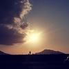 一日一撮 vol.138 夕陽を背にする爺ちゃんカッケェ