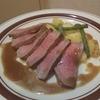 フライパンでローストビーフ。~牛肉のポワレとそのジュのソース~