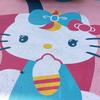 新世界、通天閣前にハローキティちゃんのピンク駐車場があった!三井リパークとのコラボで撮影顔パネル&自販機もあり!【大阪府大阪市浪速区】