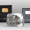 (画像あり)Youtuberが貰える再生ボタンは銀・金・ダイヤモンド、さらに世界で1人しか持ってないルビーのトロフィーとは?