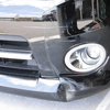 セレナ(フロントバンパー)キズ・ヘコミ・割れの修理料金比較と写真