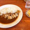 三条室町のカレー屋「ガーネッシュ」でチキントマトカレーを食べる
