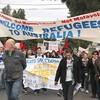 クリスマス島の難民施設での暴動騒ぎ