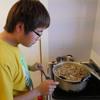 12年生の卒論実践.       Jahresarbeit der 12Klasse Kochen für die Lehrer