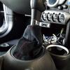シフトブーツ&サイドブレーキブーツ交換(R56MINI)