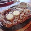 カウボーイ家族で「プレミアムロース ワンポンド(450g)ステーキ」を食べた