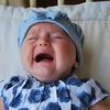 新生児の赤ちゃんがよく泣くときの対処法は?抱きぐせがつくって本当?