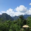 【バンビエン】インスタ映え必至、山に登らずに大自然の中にいるかのような写真を撮る