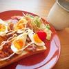 甘辛豚バラとゆで卵のトーストレシピ