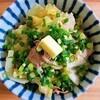 【レンジで簡単レシピ】キャベツと豚バラのバター醤油麹丼の作り方。