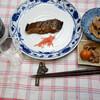 夕食:ゲタの煮つけ、鶏モツの煮込み、レンコンの煮物