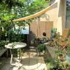 気持ちいい季節・・日よけシェードで 庭をアウトドアリビングに