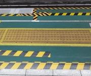 電車内で下半身露出の男が逮捕 目撃した女性の「ある行動」に驚きの声が