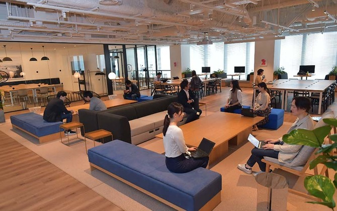 SoftBank Corp.'s New Headquarters Inspires Communication, Collaboration and Innovation