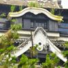 熊本城天守閣、雑草伸び放題 地震3カ月、除草まだ困難
