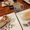 バンクーバーでチーズケーキとオーガニックコーヒーを楽しめるカフェ
