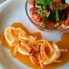 ヤギのチーズオイル漬けと「ズッキーニとトマトの簡単サラダ」作り方・レシピ。