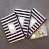 【モノトーン】母子手帳・保険証収納は子供ごとにポーチに!
