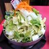 加賀市熊坂町のドライブイン富士で、とり野菜鍋、豚バラ、ホルモン、ごはん(大)。