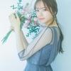 乃木坂46・梅澤美波、シースルートップスまとい花と咲き誇る 『UTB』15Pグラビア