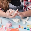 2歳の息子と粘土遊び。粘土遊びから得られる効果とは?